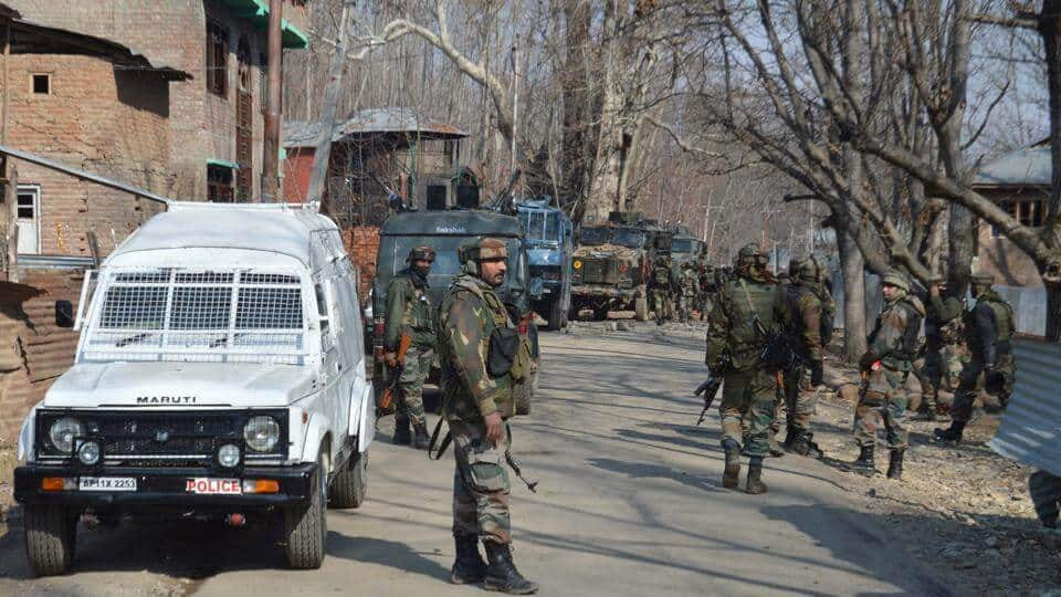 Kashmir: Civilians allege army going door-to-door to collect their details, claim privacy breach